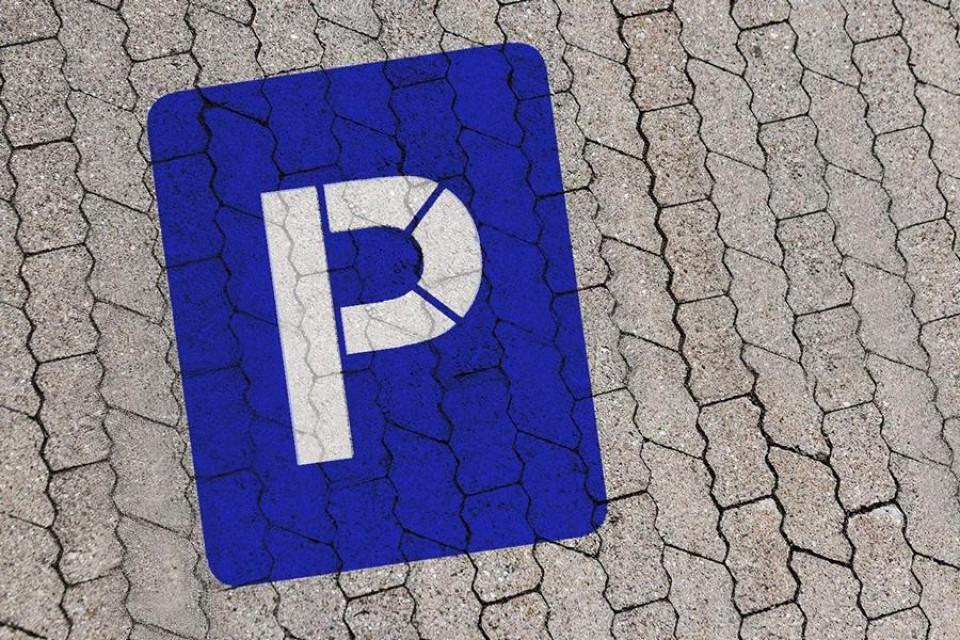 Bodologoschablone zum Malen oder Sprühen Parkplatz